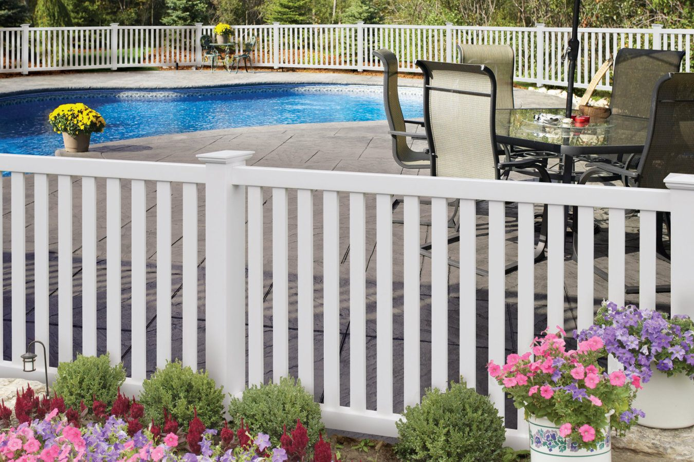 ActiveYards Greenbrier Haven Series Vinyl Fencing in White